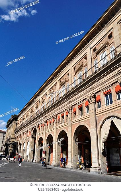 Bologna (Italy): Palazzo dei Banchi, Piazza Maggiore