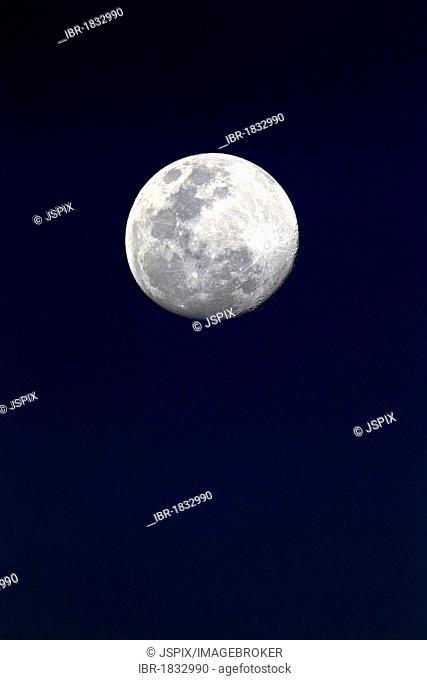 Moon, Luna, full moon at night