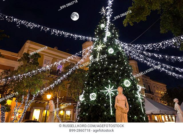 CHRISTMAS TREE DECORATIONS ALCALDIA CITY HALL PLAZA DE ARMAS OLD TOWN SAN JUAN PUERTO RICO
