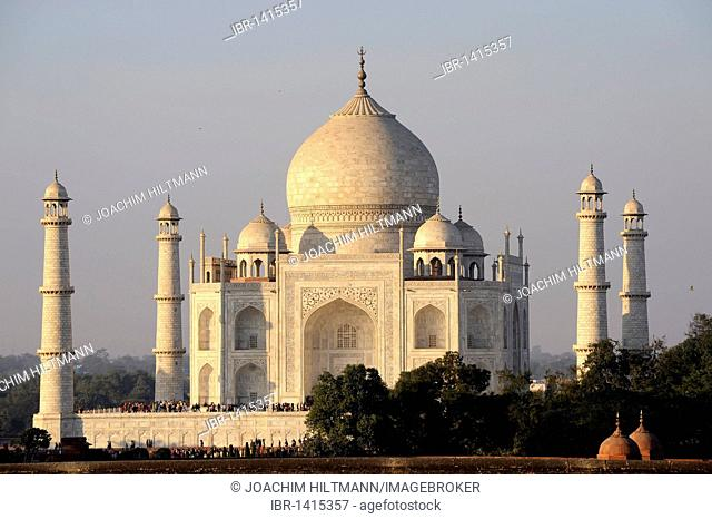 Taj Mahal, UNESCO World Heritage Site, Agra, Uttar Pradesh, North India, India, South Asia, Asia