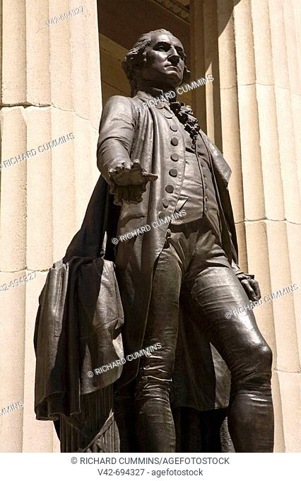 George Washington Statue at Federal Hall, Lower Manhattan, New York City, New York, USA