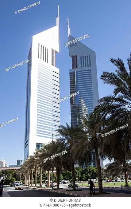 EMIRATES TOWERS AND THE TOWERS OF THE FINANCIAL CENTER ON SHEIKH ZAYED ROAD, FINANCIAL CENTER, DUBAI, UNITED ARAB EMIRATES, MIDDLE EAST