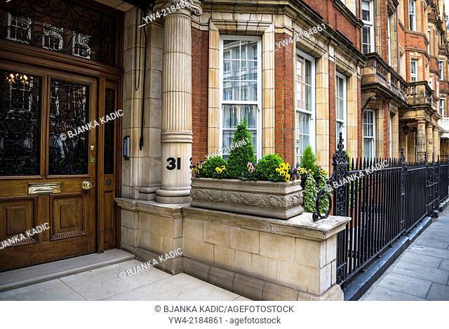 Posh mansions, Green Street, W1, Mayfair, London, UK