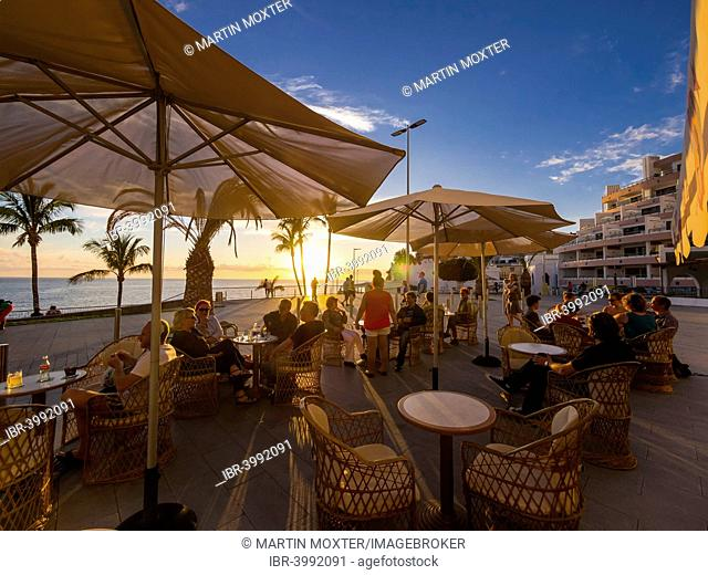 Beach promenade with restaurants in the evening, Puerto De Naos, La Palma, Canary Islands, Spain