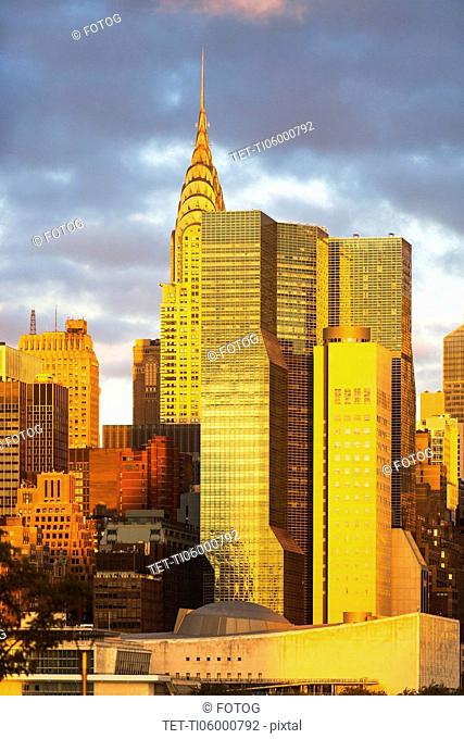 USA, New York State, New York City, Manhattan, City at sunset