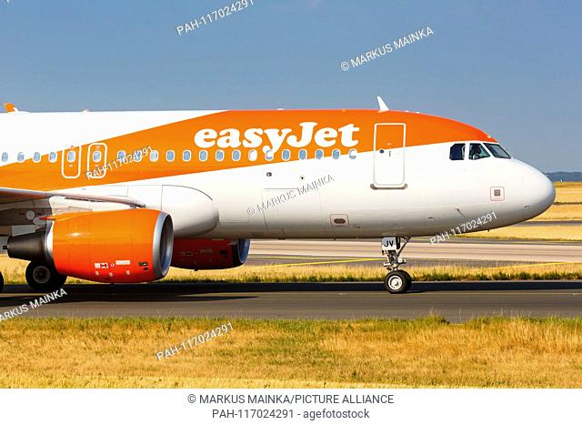 Paris, France – August 16, 2018: EasyJet Europe Airbus A320 airplane at Paris Charles de Gaulle airport (CDG) in France. | usage worldwide