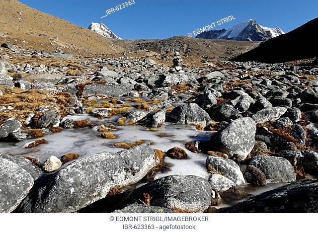 Tundra valley at Cho La Pass, Khumbu Himal, Sagarmatha National Park, Nepal