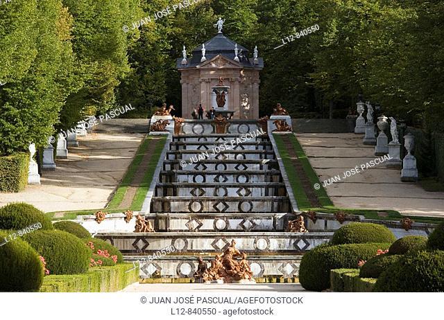 Cenador de la Reina y Fuente de la Cascada, Palacio Real de La Granja Real Sitio de La Granja de San Ildefonso, provincia de Segovia, Castilla y León, Spain