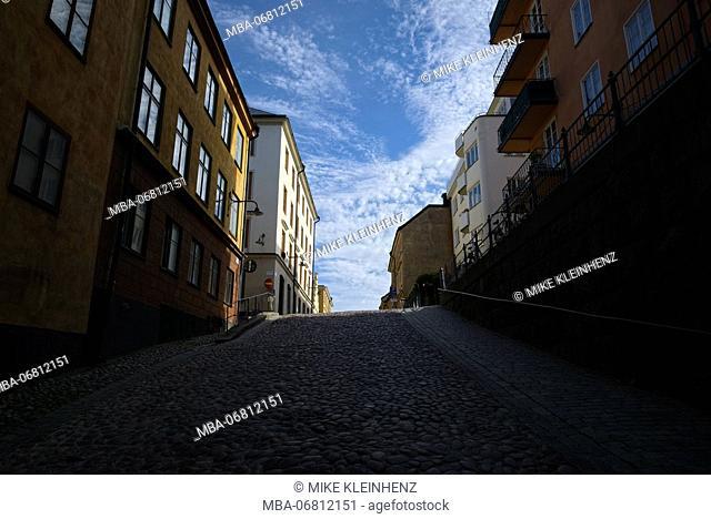 Sweden, Stockholm, steep paved street in Södermalm