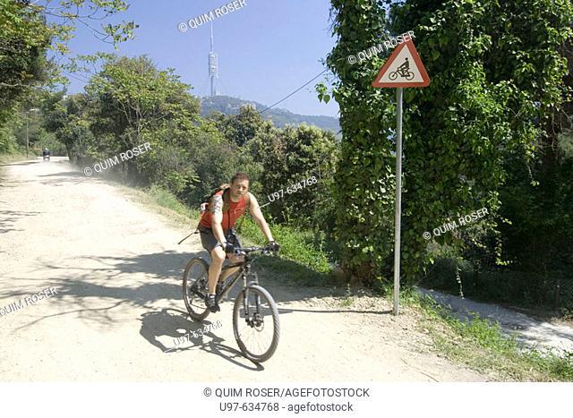 Cyclist, Serra de Collserola, Barcelona, Spain