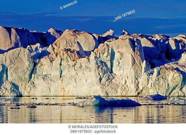 Norway, Svalbard , Nordaustlandet , Brasvell's glacier