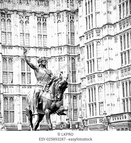 marble and statue in old city of london england