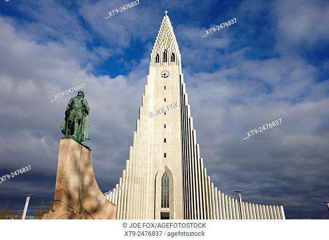 statue of explorer lief eriksson in front of Hallgrimskirkja church Reykjavik church of iceland