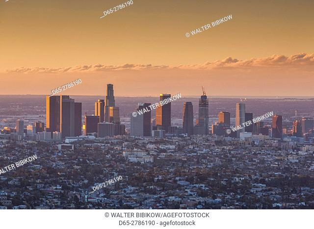 USA, California, Los Angeles, elevated view of Downtown Los Angeles, dawn