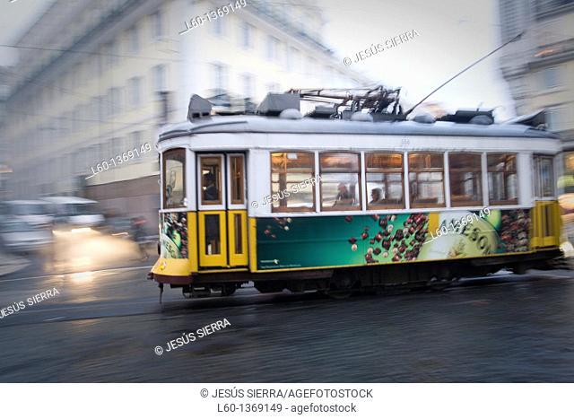 Tram in 'Barrio de Chiado', Lisboa, Portugal