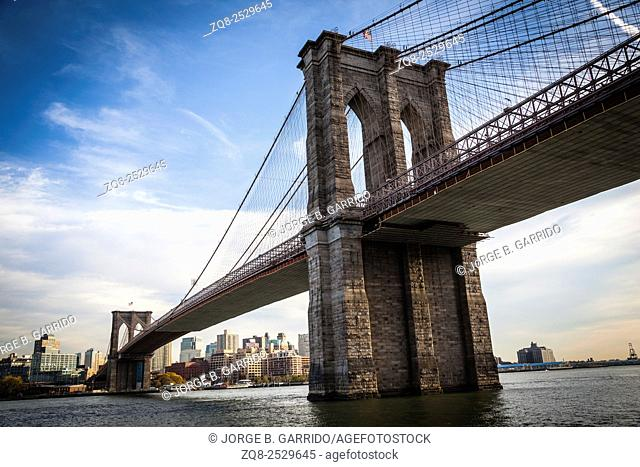 Brooklyn Bridge and Brooklyn skyline, New York