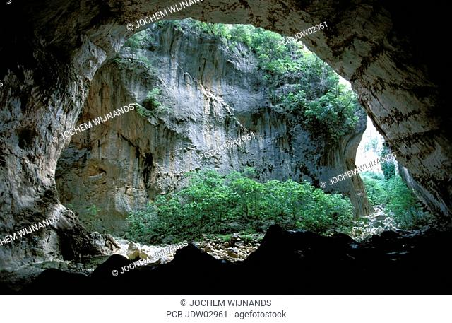 sierra de grazalema nature reserve, garganta verde