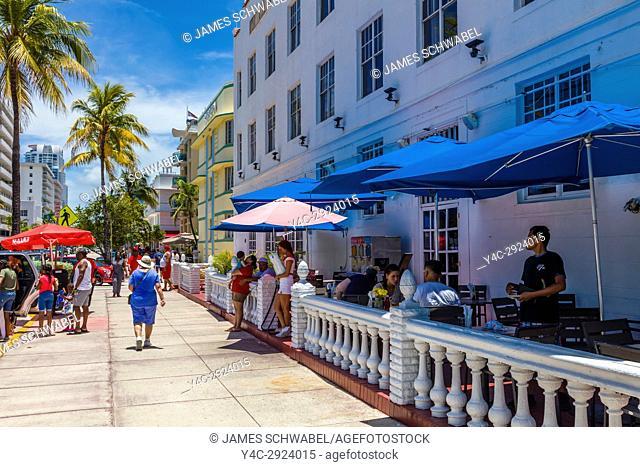Art Deco Ocean Drive in Miami Beach Florida