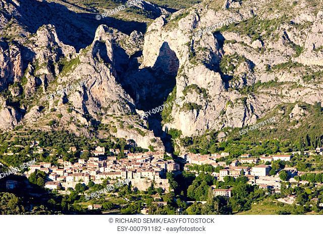 Moustiers Sainte Marie, Alpes-de-Haute-Provence Departement, France