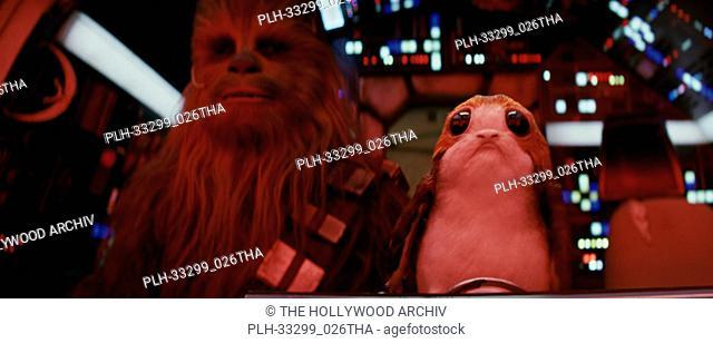 """L to R: Chewbacca (Joonas Suotamo) and a Porg, """"""""Star Wars: The Last Jedi"""""""" (2017) Lucasfilm Ltd"""