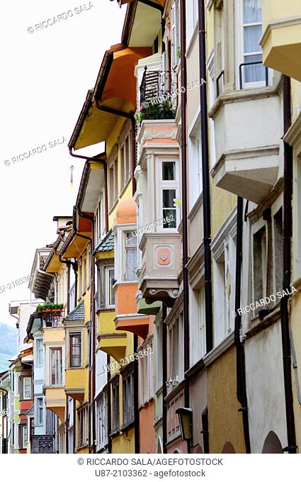 Italy, Trentino Alto Adige, South Tyrol, Bolzano, Bozen, Via Dei Portici Street, Historic Center