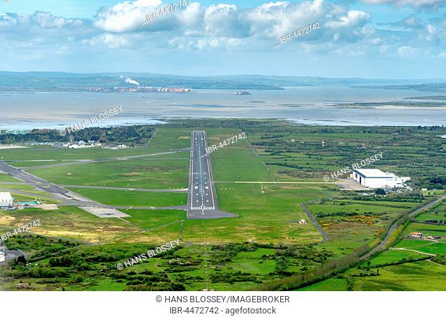 Runway, airport, Shannon Airport, County Clare, Ireland, United Kingdom