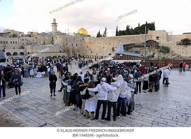 Dancing Jews in circles on the Sabbath, forecourt of the Wailing Wall, Arab Quarter in the old town of Jerusalem, Israel, Middle East, Southwest Asia