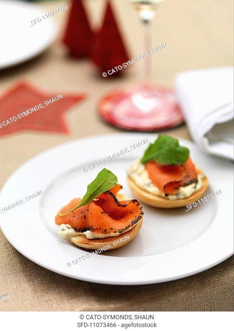 Mini bagels with smoked salmon