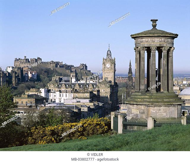 Scotland, Edinburgh, Carl sound Hill,  Dugald Stewart monument, view,  Barmoral hotel Clock, Edinburgh Castle,  Europe, Great Britain, island, north, city