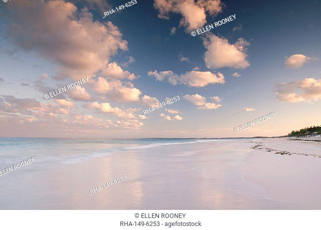 Clouds at sunset over Pink Sands Beach, Harbour Island, Eleuthera, The Bahamas, West Indies, Atlantic, Central America