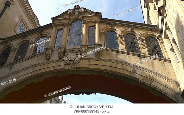 Oxford, The 'Bridge of sighs' from New college lane