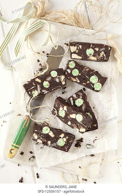 Chocolate fridge cake with mint