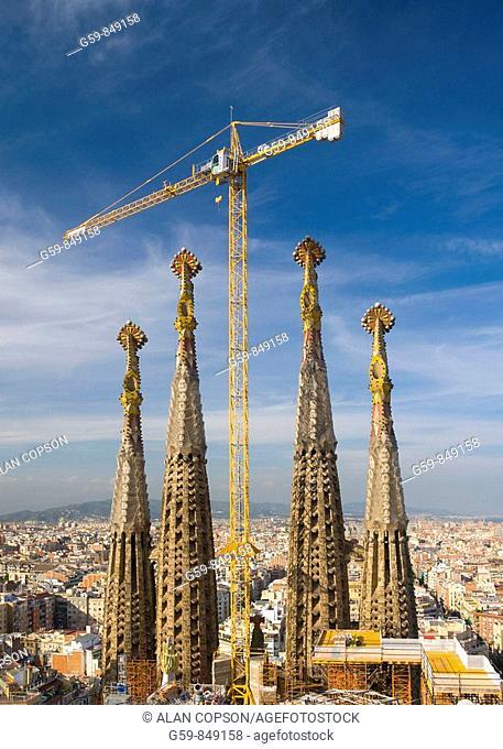 Spain, Catalunia Catalunya, Barcelona, Temple Expiatori de la Sagrada Familia