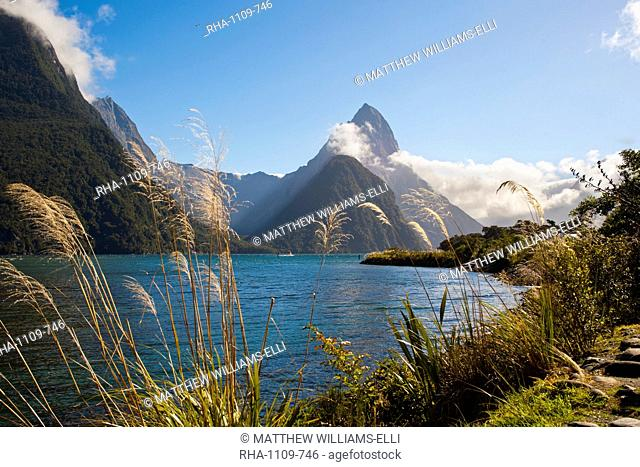 Mitre Peak, Milford Sound, Fiordland National Park, UNESCO World Heritage Site, South Island, New Zealand, Pacific