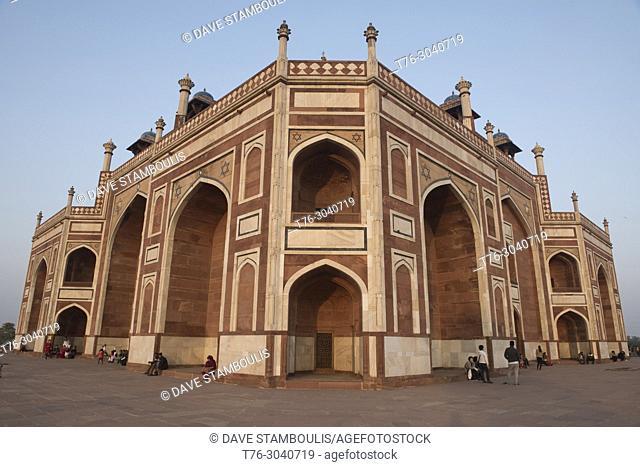Humayum's Tomb, a UNESCO World Heritage Site, Delhi, India