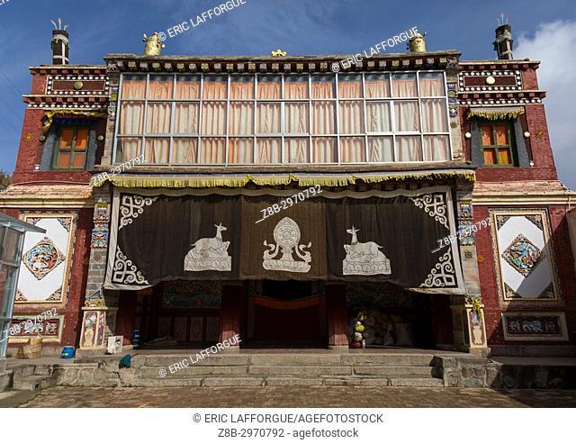 Temple in Shachong monastery, Qinghai Province, Wayaotai, China