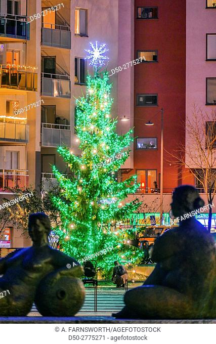 Sweden, Stockholm, Christmas tree at Liljeholmskajen neighborhood