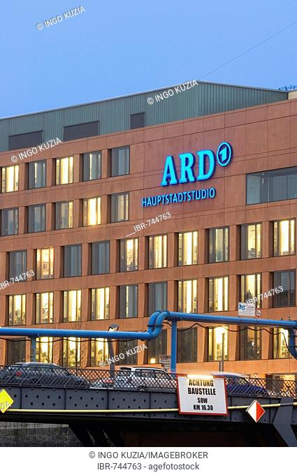 Facade of the ARD studios on the corner of Wilhelmstrasse (Wilhelm Street) and Reichstagsufer in the evening, Berlin, Germany