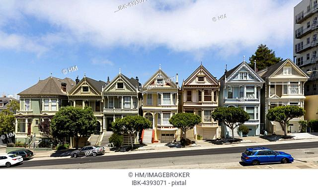 Painted Ladies, colorful houses, Victorian architecture, Alamo Square, San Francisco, California, USA