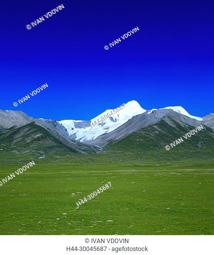 Landscape viewed from train of Trans-Tibetan Railway, Tibet, China