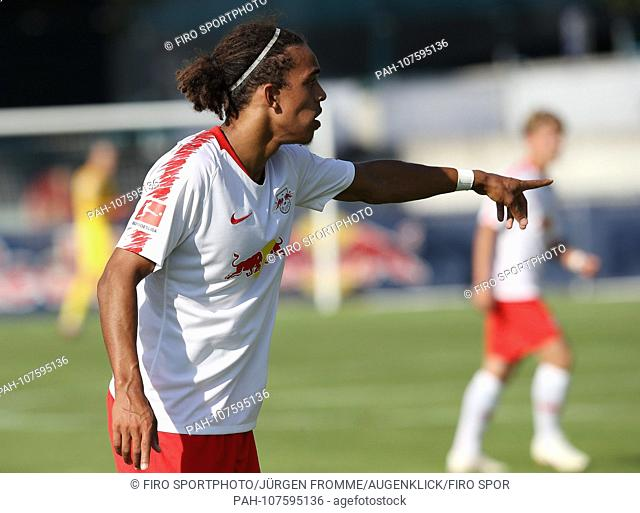 firo Football, 03.08.2018 1st Bundesliga, season 2018/2019 Test match RB Red Bull Leipzig - Huddersfield, Yussuf Poulsen, half figure | usage worldwide