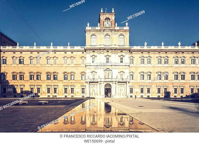 Modena, Emilia Romagna, Italy. Piazza Roma and Military Academy building