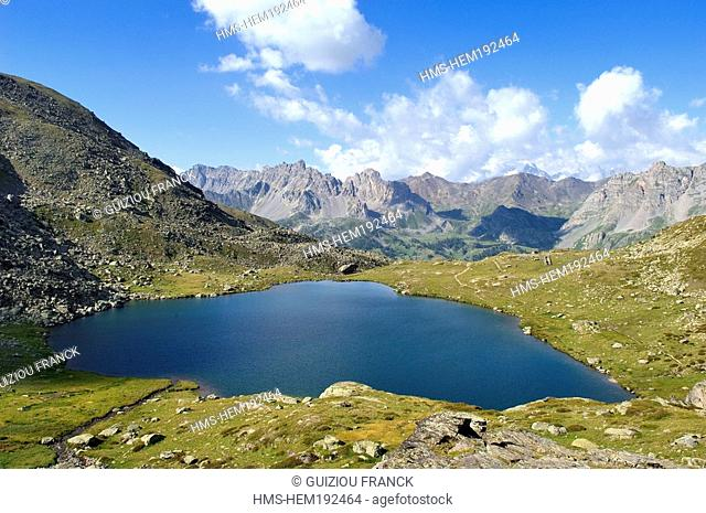 France, Hautes Alpes, Brianconnais area, the upper valley of La Claree, Lac Serpent 2448m and the Ecrins Massif