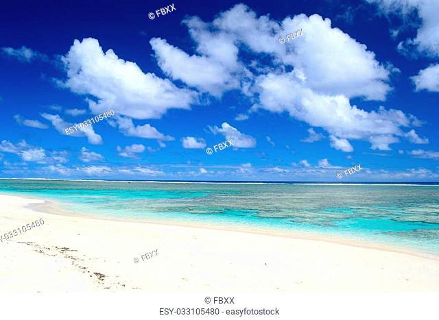 The gorgeous turquoise sea in Rarotonga, Cook Islands