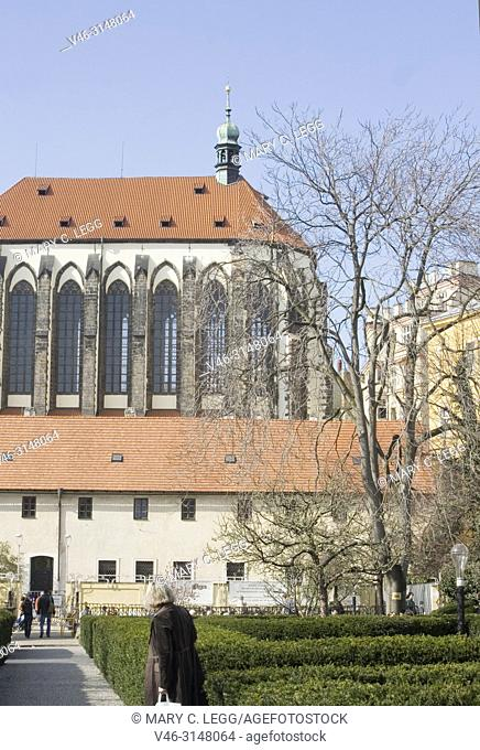 Church of Our Lady of the Snow. Established in 1397 as Carmelite Order. Highest vault in Prague with 34 meters. In 15th century became the seat for Jan Zelivsky