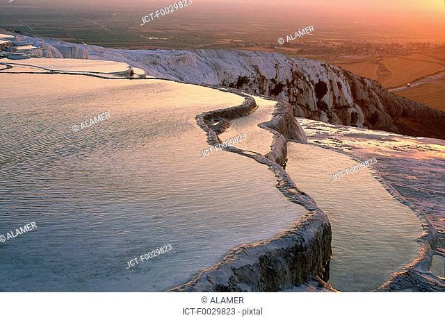 Turkey, Pamukkale, hot springs, terraced natural pools