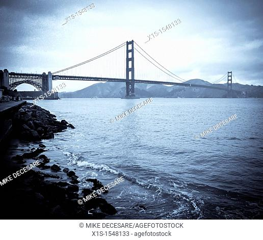 Golden Gate Bridge in San Francisco Bay