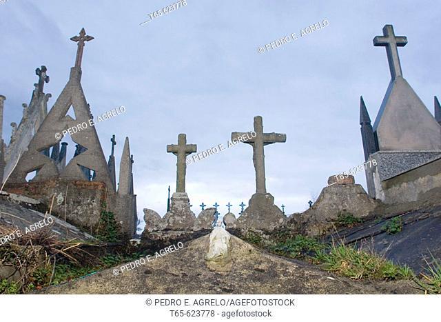 Cemetery in O Trobo. Vilalba. Lugo