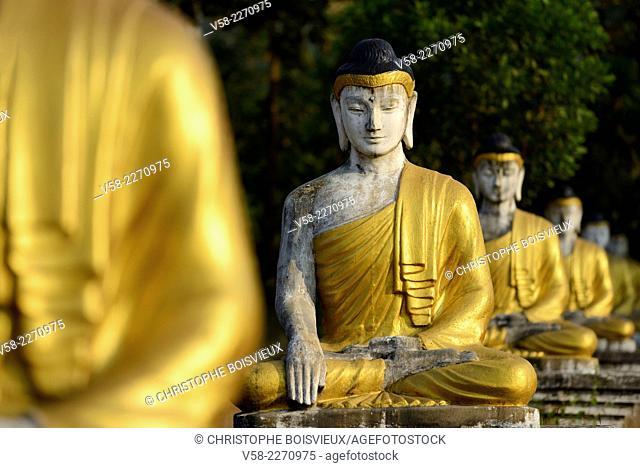 Myanmar, Kayin (Karen) State, Hpa-An, Lumbini park, Buddha statues