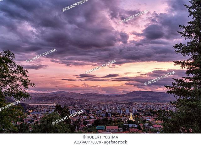 Sunset over the Bolivian city of Cochabamba